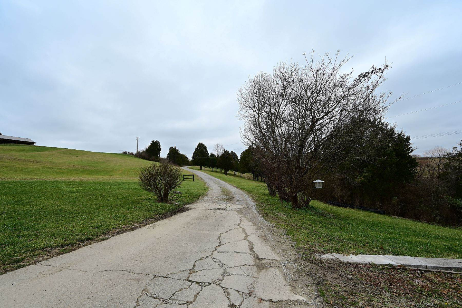 41. Farm and Ranch Properties for Sale at 722 Walker Parke Road Richmond, Kentucky 40475 United States