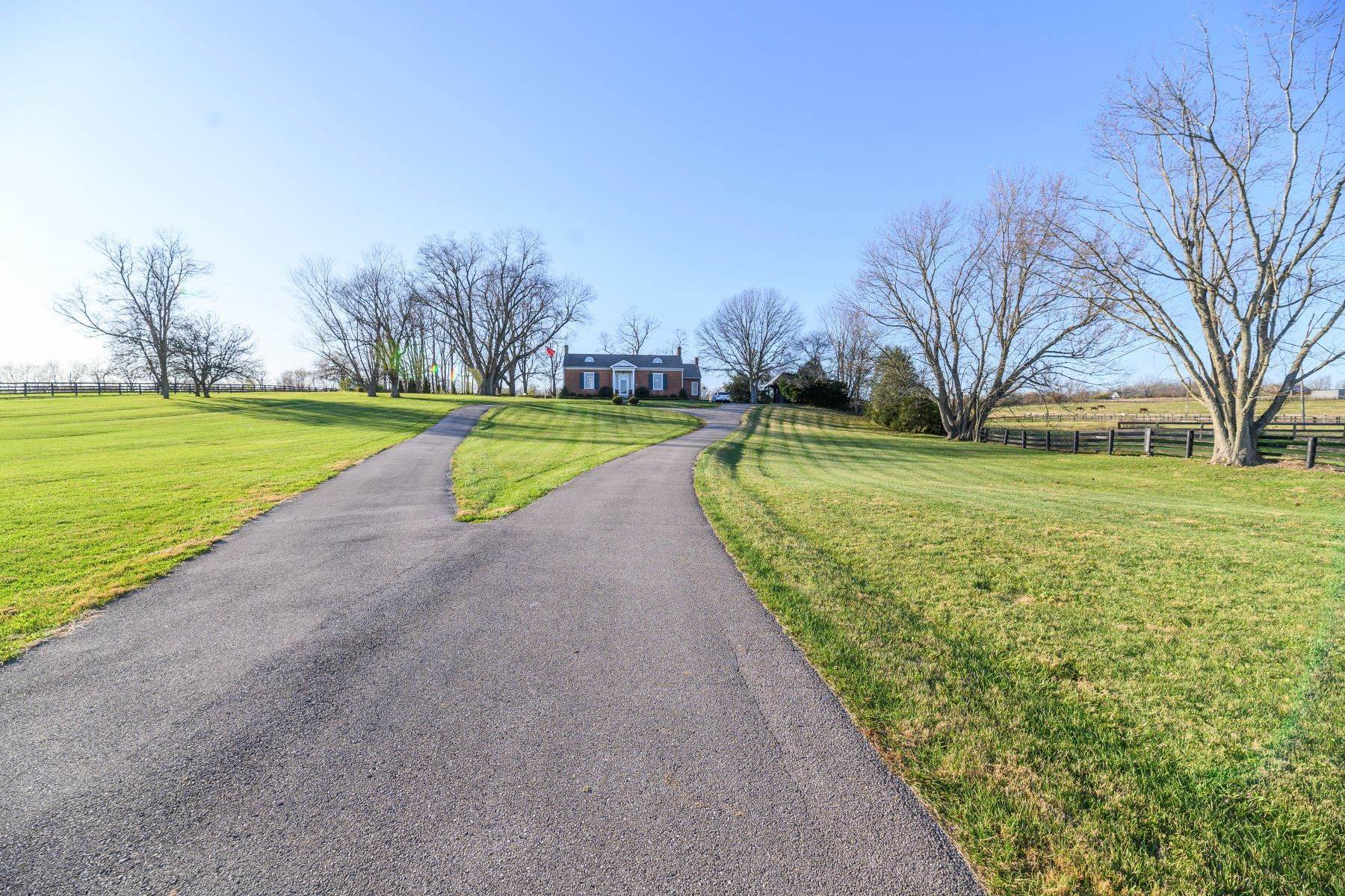 Farm and Ranch Properties at 571 Russell Cave Road Paris, Kentucky 40361 United States