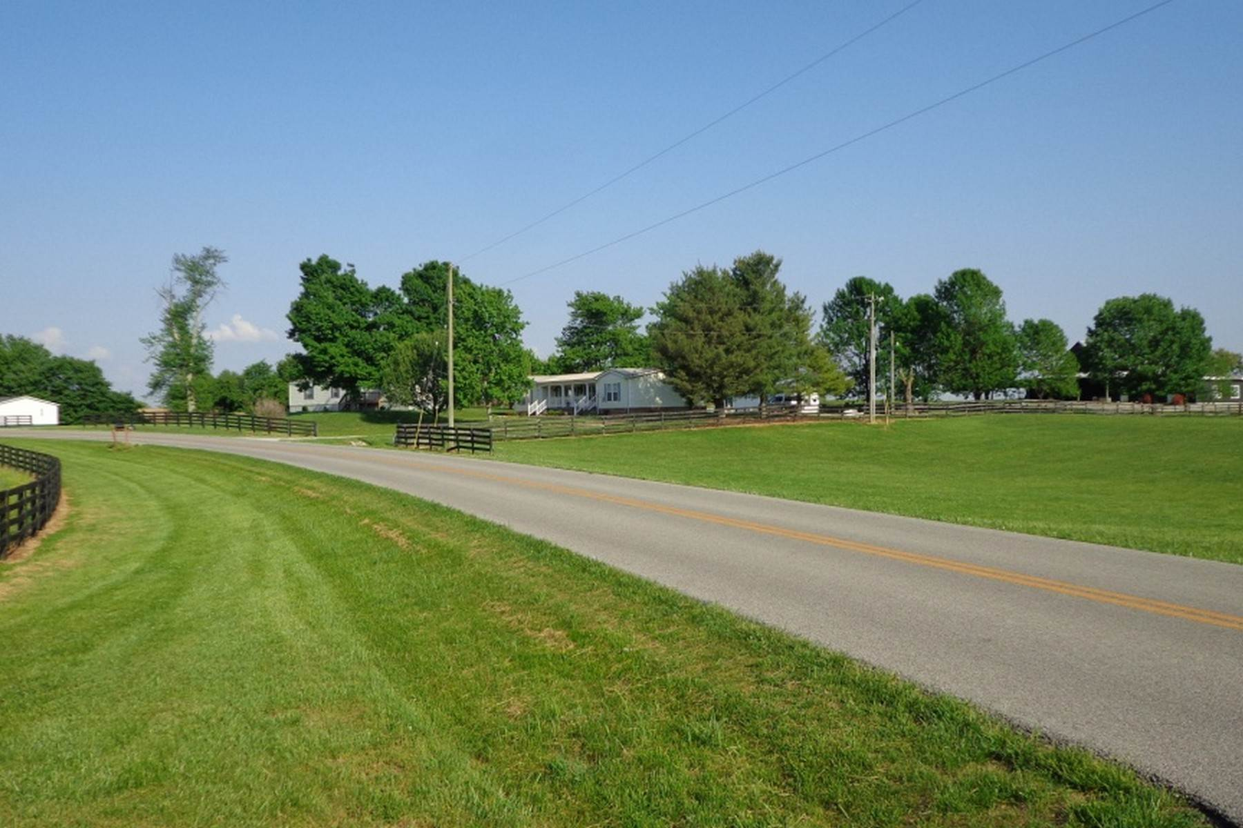 20. Farm and Ranch Properties for Sale at 4770 Grooms Lane Princeton, Kentucky 42445 United States