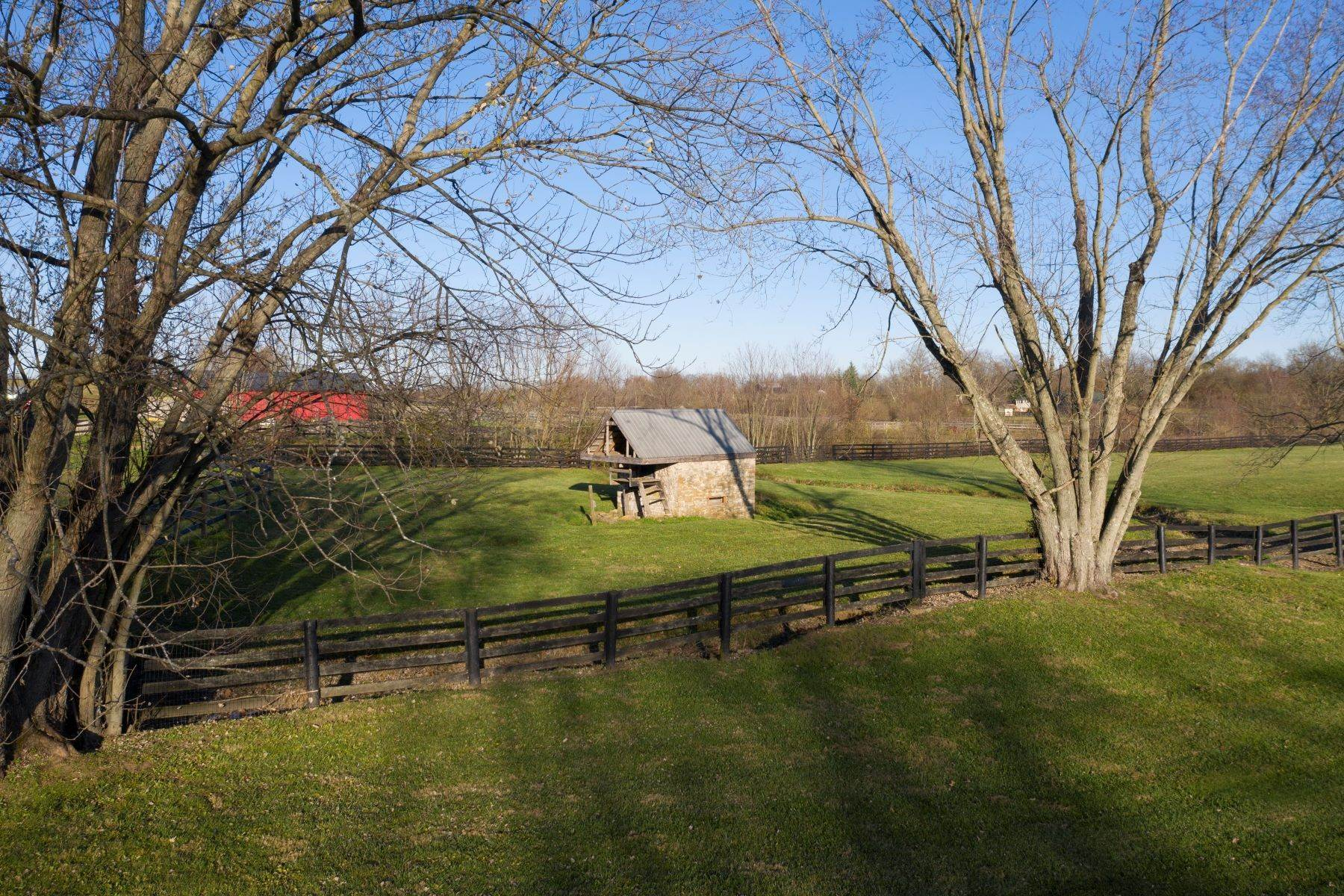 42. Farm and Ranch Properties for Sale at 571 Russell Cave Road Paris, Kentucky 40361 United States