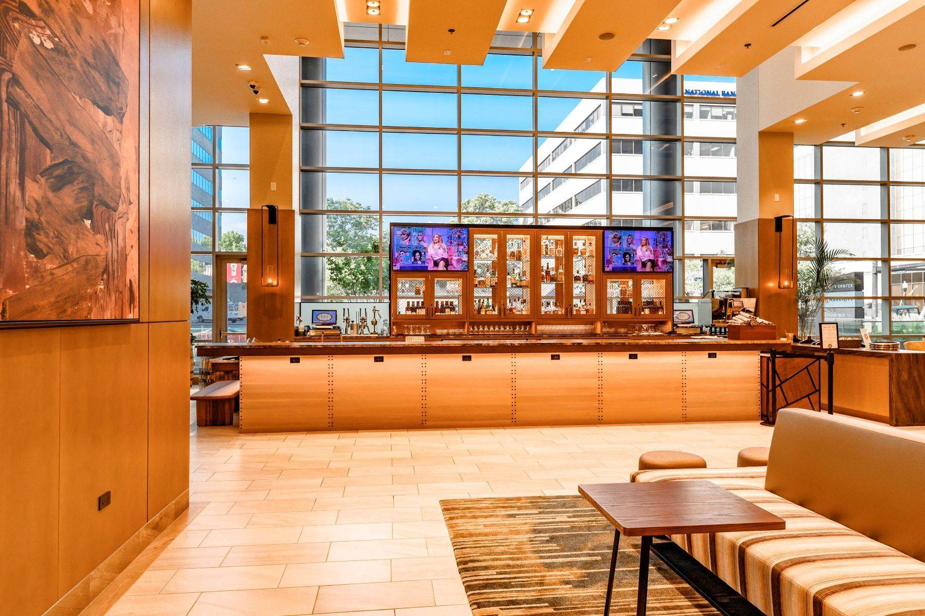 10. Condominiums for Sale at The Penthouses at City Center 103 S Limestone #1220 Lexington, Kentucky 40507 United States